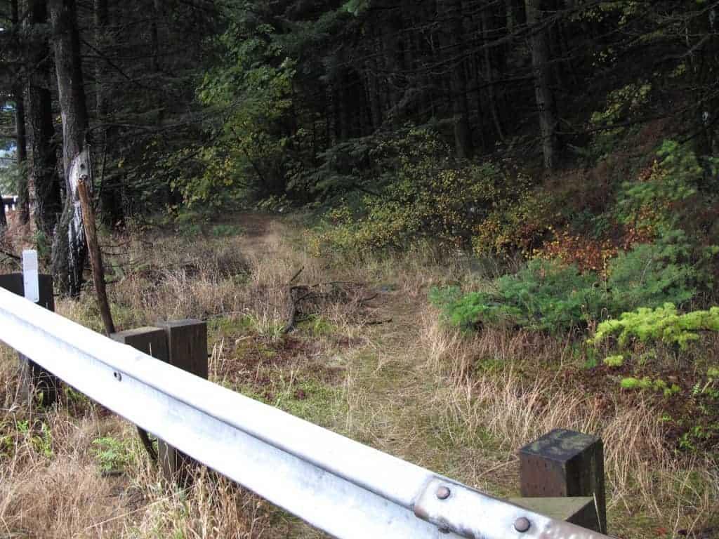 Gorge Hikes: 1872 Wagon Road