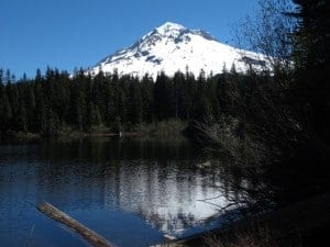 Summer hiking near Portland means lakes and Mount Hood are available!