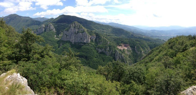 These views come early in the hike to Pania di Corfino.