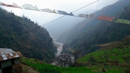 Touring and trekking in Nepal: April 2015.