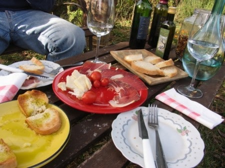 "Picnic lunch during my ""Trails and Tables of Tuscany"" trip"