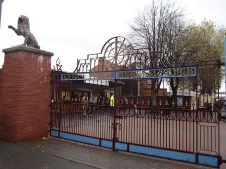aston_villa_gate2