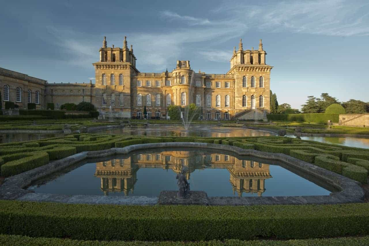 Cotswald way side trip blenheim palace author paul gerald for Blenheim builders