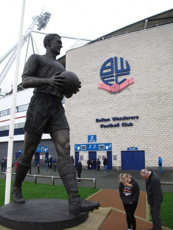 Nat Lofthouse statue outside the ground.