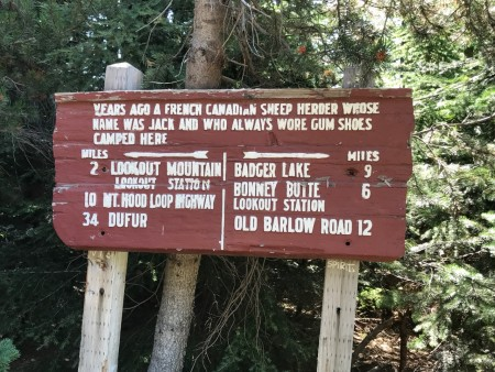 Sign at Gumjuwac Saddle.