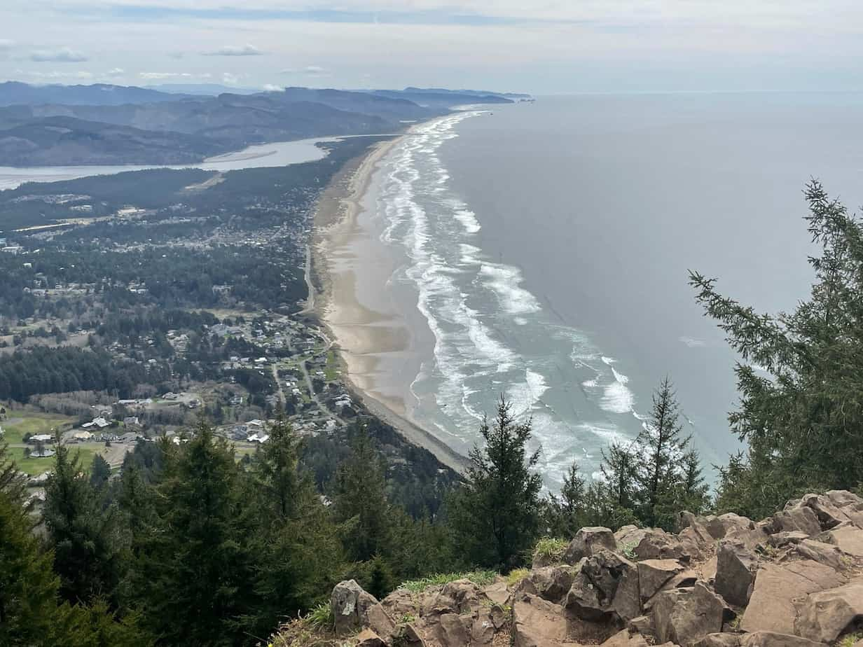hike manzanita to neahkahnie oregon coast trail